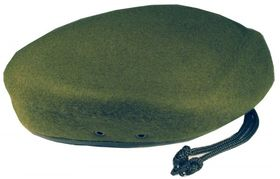 Берет бесшовный оливковый